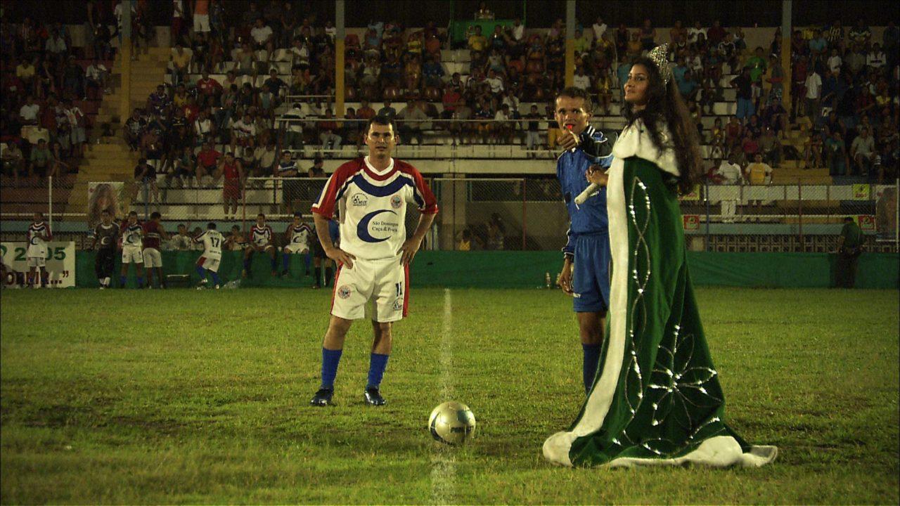Et Dieu créa... le foot