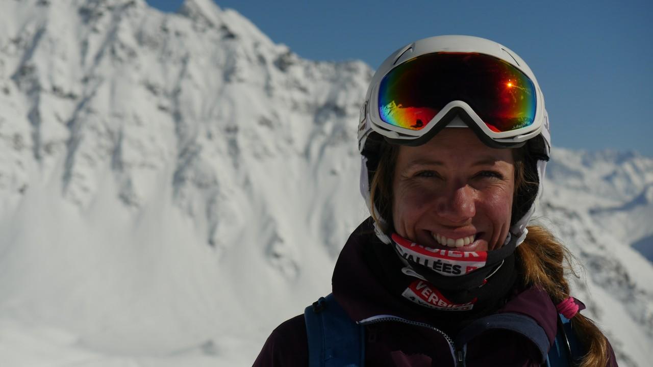 Géraldine Fasnacht, snow-boardeuse dans le Goût du risque